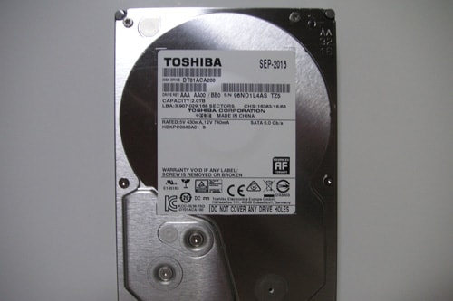 【TOSHIBA】3.5インチ SATA6.0Gbps 内蔵HDD2TB 7200rpm DT01ACA200 バルク AS-DT01ACA200 (ARCHISS)