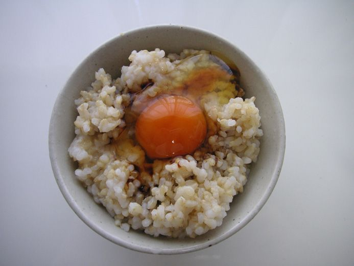 玄米に豆腐に一番をかけた